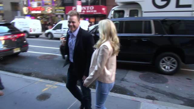 Heidi Montag Spencer Pratt at the TODAY show sign and pose for photographers in Celebrity Sightings in New York