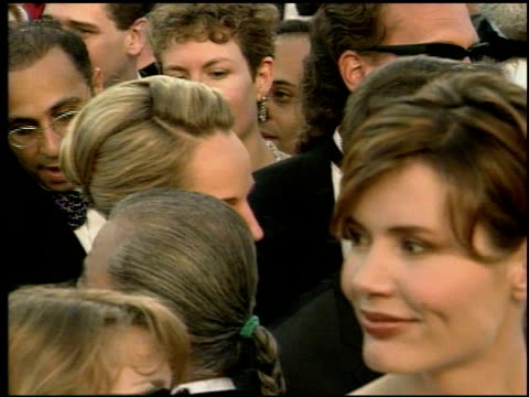 Helen Hunt at the 1998 Academy Awards Arrivals at the Shrine Auditorium in Los Angeles California on March 23 1998