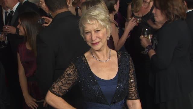 vidéos et rushes de helen mirren at the 63rd annual directors guild of america awards at hollywood ca. - helen mirren