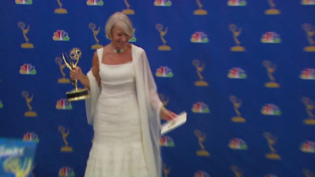 """helen mirren, winner outstanding lead actress in a miniseries or a movie for """"elizabeth i"""" at the 2006 emmy awards press room at the shrine... - helen mirren stock videos & royalty-free footage"""