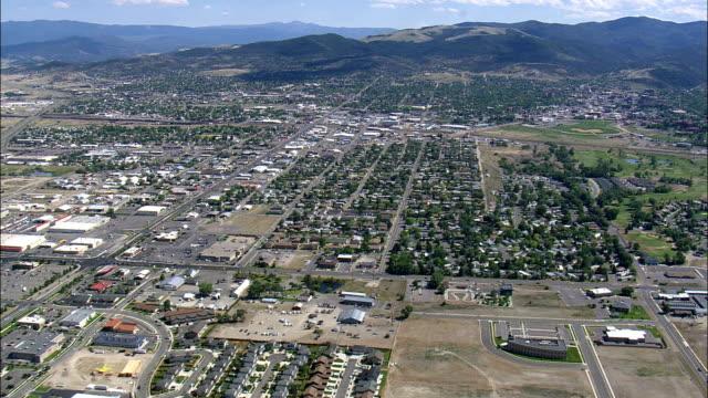 stockvideo's en b-roll-footage met helena - luchtfoto - montana, lewis en clark county, verenigde staten - montana westelijke verenigde staten