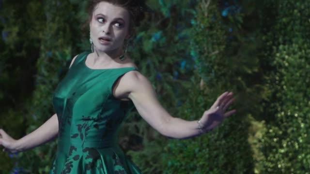 helena bonham carter at 'cinderella' uk premiere - シンデレラ点の映像素材/bロール