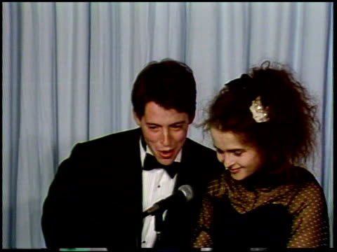 helena bonham carter at the 1987 academy awards at dorothy chandler pavilion in los angeles, california on march 30, 1987. - 1987 bildbanksvideor och videomaterial från bakom kulisserna