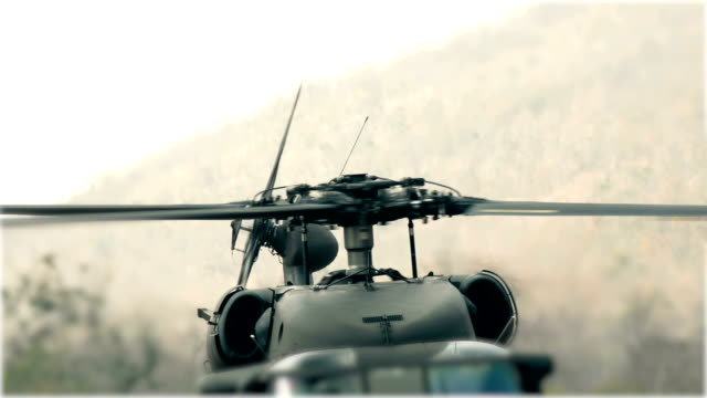 helicopter black hawk - helicopter landing stock videos & royalty-free footage