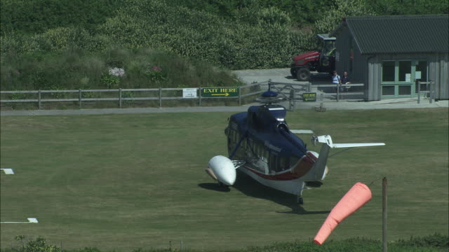 helicopter from isles of scilly - isles of scilly stock videos & royalty-free footage