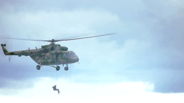 helicopter 'hot-unloading' - military helicopter stock videos & royalty-free footage