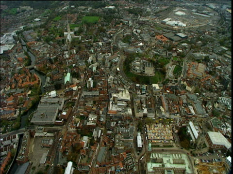 stockvideo's en b-roll-footage met helicopter shot over norwich city centre including cathedral and castle - torenspits