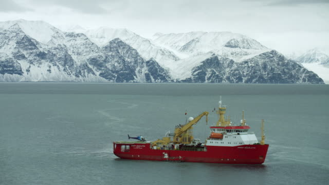 helicopter takes off from ship deck in the arctic - ernest shackleton stock videos & royalty-free footage