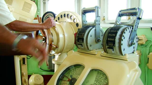 """helm und """"motor"""" telegraph - telegraf stock-videos und b-roll-filmmaterial"""