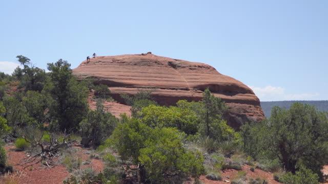 ボルダーまで私を助けて - boulder rock点の映像素材/bロール