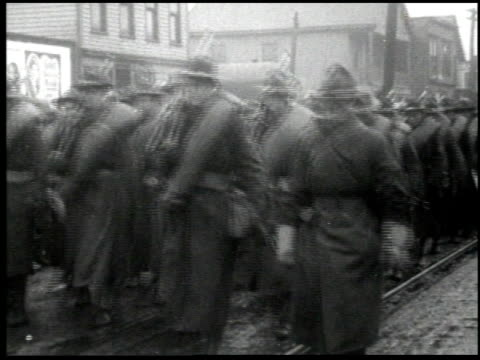 henry ford's mirror of america - 21 of 34 - andere clips dieser aufnahmen anzeigen 2179 stock-videos und b-roll-filmmaterial
