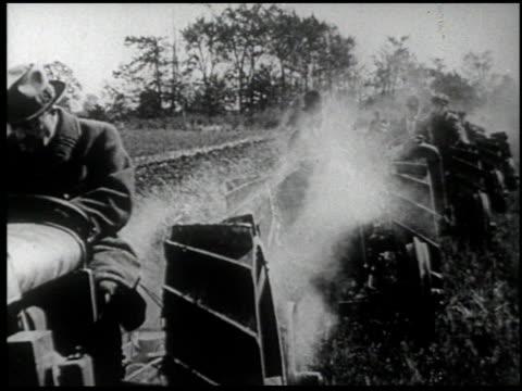 henry ford's mirror of america - 25 of 34 - andere clips dieser aufnahmen anzeigen 2179 stock-videos und b-roll-filmmaterial