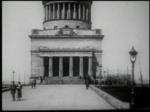 henry ford's mirror of america - 9 of 34 - andere clips dieser aufnahmen anzeigen 2179 stock-videos und b-roll-filmmaterial