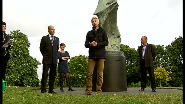 henry moore sculpture unveiled by jonathan edwards; england: london: greenwich: . ext various of jonathan edwards speech to assembled audience and... - henry moore stock videos & royalty-free footage