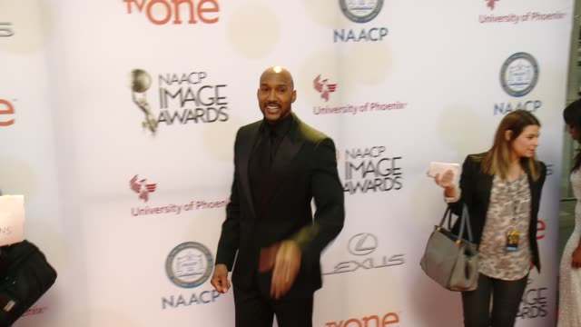stockvideo's en b-roll-footage met henry simmons at the 46th annual naacp image awards arrivals at pasadena civic auditorium on february 06 2015 in pasadena california - pasadena civic auditorium