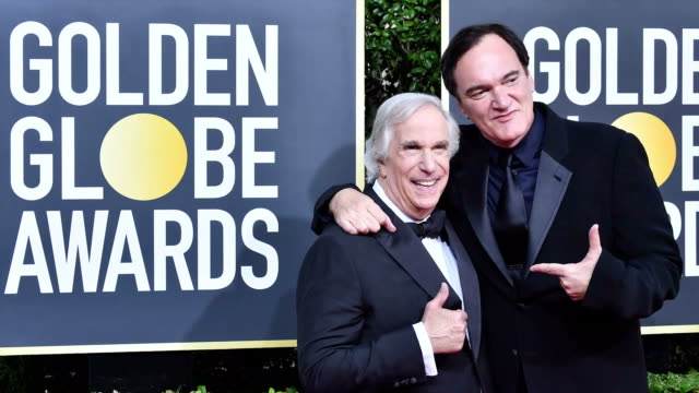 vídeos y material grabado en eventos de stock de henry winkler and quentin tarantino attend the 77th annual golden globe awards at the beverly hilton hotel on january 05, 2020 in beverly hills,... - the beverly hilton hotel