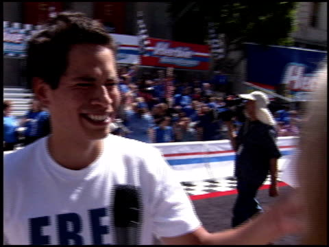 fully loaded premiere at the 'herbie fully loaded' premiere at the el capitan theatre in hollywood california on june 19 2005 - el capitan theatre stock videos & royalty-free footage