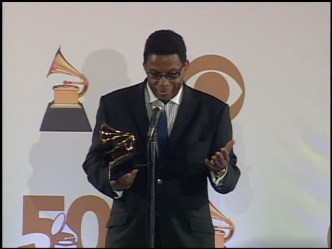 herbie hancock at the 2008 grammy awards press room at staples center in los angeles, california on february 10, 2008. - herbie hancock stock-videos und b-roll-filmmaterial