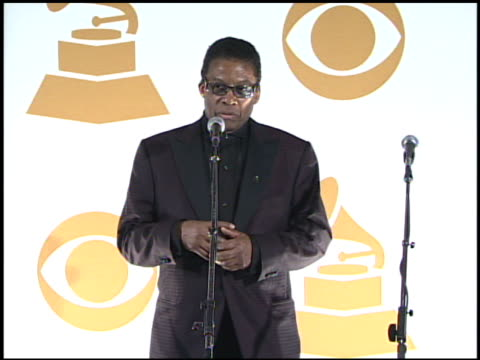 herbie hancock at the 51st annual grammy awards - press room at los angeles ca. - herbie hancock stock-videos und b-roll-filmmaterial