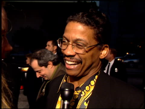 herbie hancock at the 'bad boys' premiere at the cinerama dome at arclight cinemas in hollywood, california on april 6, 1995. - herbie hancock stock-videos und b-roll-filmmaterial