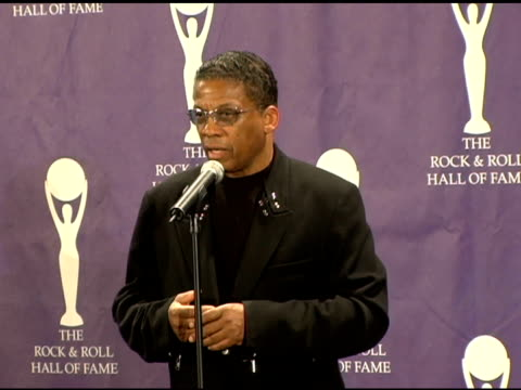 herbie hancock on miles davis' opinion of other musicians at the 21st annual rock and roll hall of fame induction ceremony press room at the waldorf... - herbie hancock stock-videos und b-roll-filmmaterial