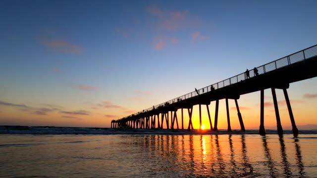 hermosa beach pier southern california - boardwalk stock videos & royalty-free footage