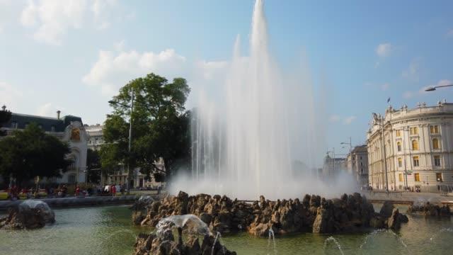heroes monument av röda armén fontän - heder bildbanksvideor och videomaterial från bakom kulisserna