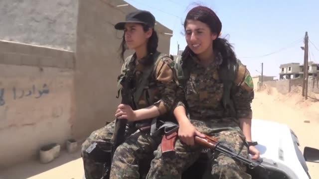 Heza fue encarcelada y vendida como esclava sexual por los yihadistas del grupo Estado Islamico