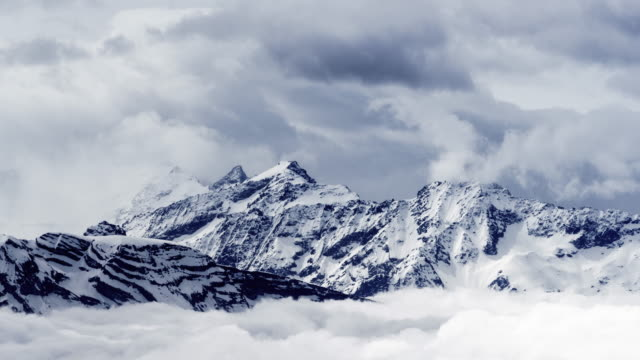 t/l-pan high alps seen from mount pilatus / lucerne, switzerland - gebirge stock-videos und b-roll-filmmaterial