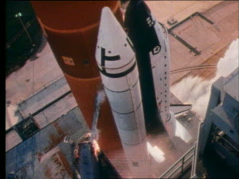 high angle close up of space shuttle discovery blasting off - 1997 stock videos & royalty-free footage