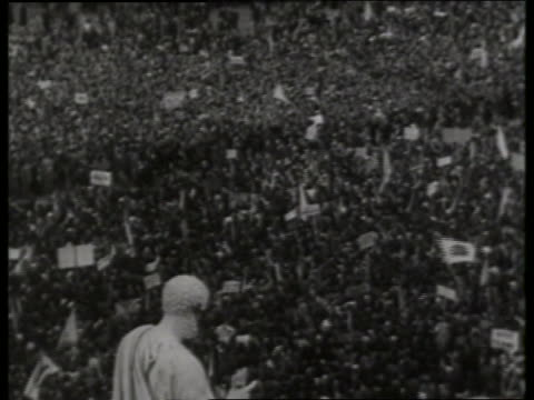 b/w high angle of pope paul vi being carried thru crowd / st peter's square / rome - st peter's square stock videos & royalty-free footage