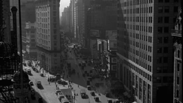 high angle shot of pedestrians and traffic on busy street in city, times square, manhattan, new york city, new york state, usa - 1920 1929 stock videos & royalty-free footage