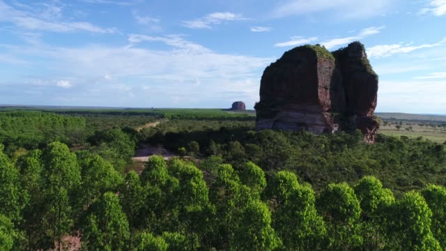 high angle view of pedra furada hill in jalapão state park, tocantins - tocantins stock videos and b-roll footage