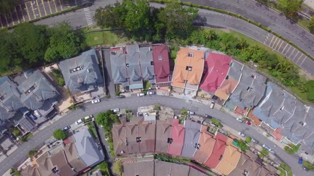 high angle  view of two story modern suburban house - 庭点の映像素材/bロール