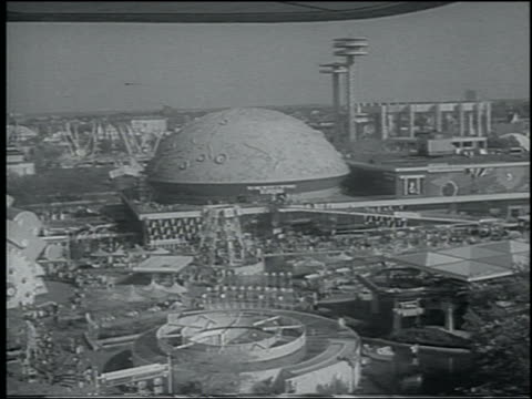 b/w 1964 high angle wide shot buildings at ny world's fair - weltausstellung in new york stock-videos und b-roll-filmmaterial
