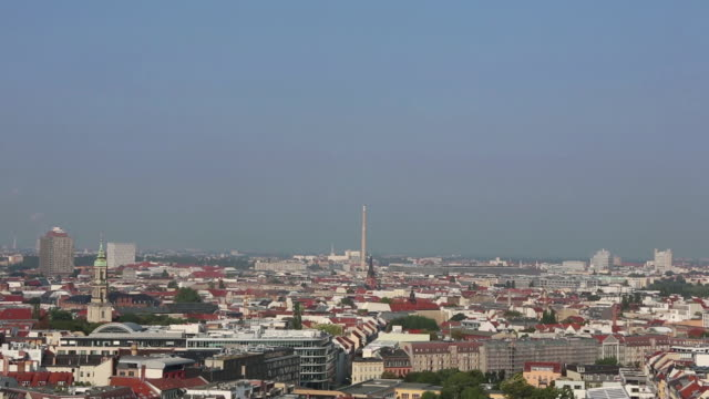 high angle wide shot of berlin - weitwinkelaufnahme stock-videos und b-roll-filmmaterial
