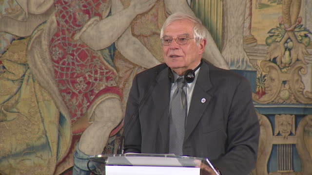 stockvideo's en b-roll-footage met high representative of the european union for foreign affairs and security policy josep borrell gives a press conference during the 14th asem foreign... - pardo