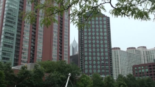 high rise buildings in chicago - 小枝点の映像素材/bロール