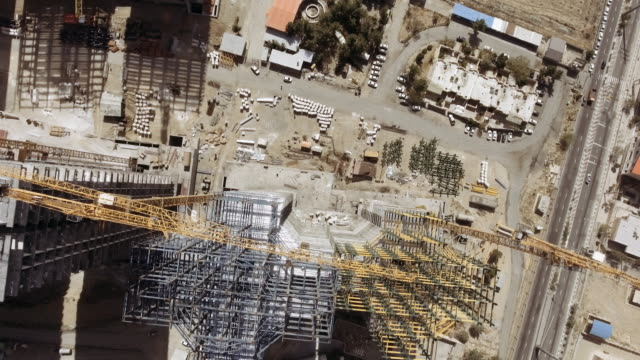 high rise construction site west tehran aerial - balkengerüst stock-videos und b-roll-filmmaterial