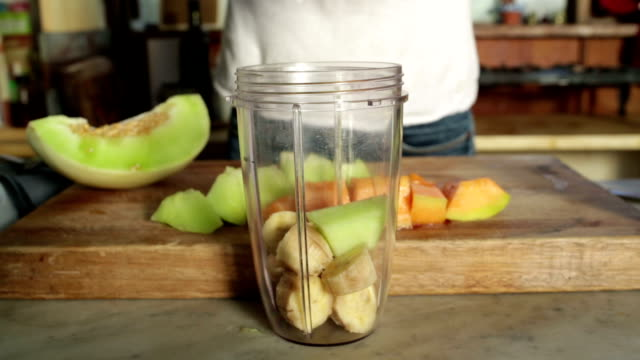 High Speed Cutting Fruit for Smoothie
