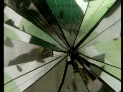 stockvideo's en b-roll-footage met high speed mirror smash, archive - tegenspoed