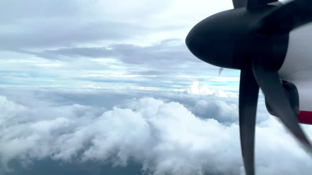high speed propeller aircraft jet engine in motion - propeller stock videos & royalty-free footage