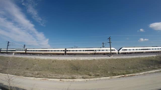 vídeos de stock e filmes b-roll de high speed train - comboio