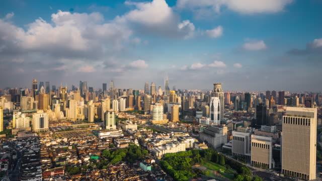 high up view of shanghai skyline daytime transition - 東方明珠塔点の映像素材/bロール
