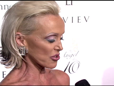 high voltage at the denise rich marks 10th year of the gp foundation with an evening of stars and music at the 2007 angel ball at marriott marquis... - marriott marquis new york stock videos & royalty-free footage