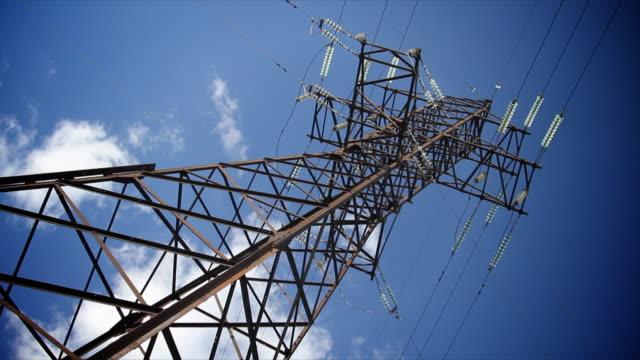 high voltage tower-hd, zeitraffer, ntsc - hochspannungsmast stock-videos und b-roll-filmmaterial