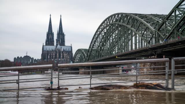 stockvideo's en b-roll-footage met hoog water - overstroming in keulen, duitsland - europese cultuur