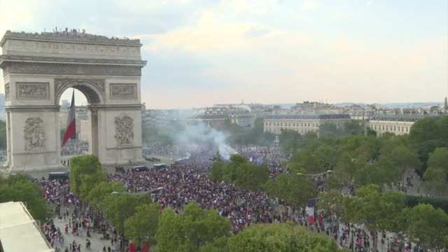 highangle wide views of football fans celebrating france's world cup win by the arc de triomphe 15th july 2018 - fifa world cup stock videos & royalty-free footage
