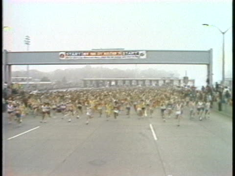highlights of the start of the 1979 newyork city marathon. - track and field event stock videos & royalty-free footage