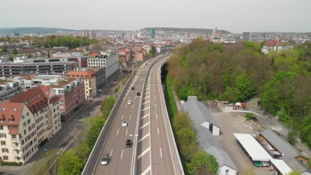 autobahn in zürich-stadt - symbol stock-videos und b-roll-filmmaterial